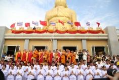 คณะสงฆ์ไทย-จีน ร่วมเททองหล่อพระประธาน พระพุทธรูปศักดิ์สิทธิ์ 7 องค์  เพื่ออัญเชิญไปประดิษฐาน ณ วัดเส้าหลินเหนือ