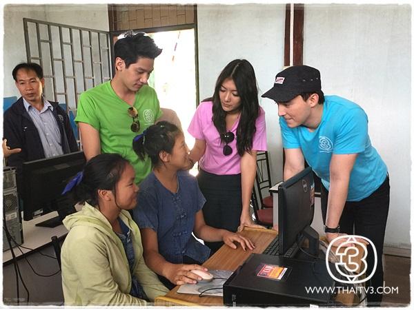 มูลนิธิครอบครัวข่าว 3 ตรวจเยี่ยมชุดคอมพิวเตอร์และเครื่องพิมพ์ โครงการ คอมพิวเตอร์เพื่อ (น้อง) ในโรงเรียนยากจนในถิ่นทุรกันดาร