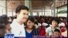 นักแสดง-มูลนิธิครอบครัวข่าว 3 ลงพื้นที่มอบถุงยังชีพที่ จ.ปราจีนบุรี