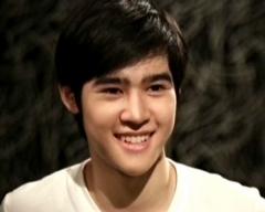 ดูรายการย้อนหลัง ขวัญใจไทยแลนด์ วันที่ 25 สิงหาคม 2555