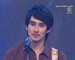 ดูรายการย้อนหลัง ขวัญใจไทยแลนด์ วันที่ 22 กันยายน 2555