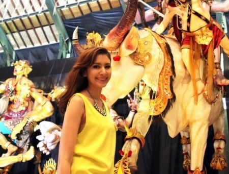 ดูละครย้อนหลัง English on Tour : On air 2 October 2013 Bali Theme3