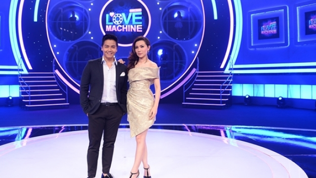 ดูรายการย้อนหลัง The Love Machine วงล้อ...ลุ้นรัก | 14 มีนาคม 2559