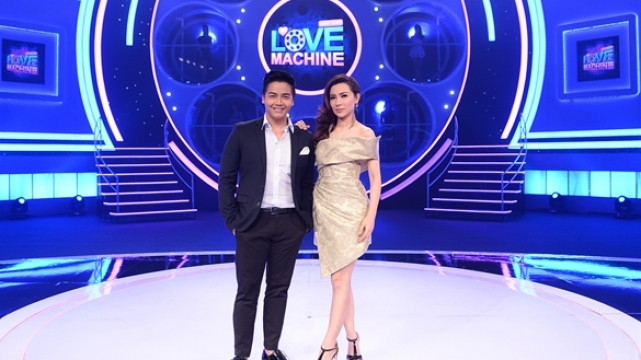 ดูรายการย้อนหลัง The Love Machine วงล้อ...ลุ้นรัก | 9 พฤศจิกายน 2558