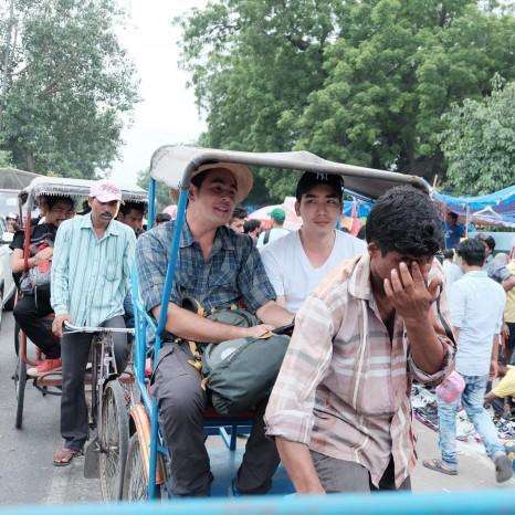 """""""จ๊อบ-ดรีม"""" นั่งสามล้อถีบ บุกกรุงเดลี ประเทศอินเดีย ในสมุดโคจร On The Way"""