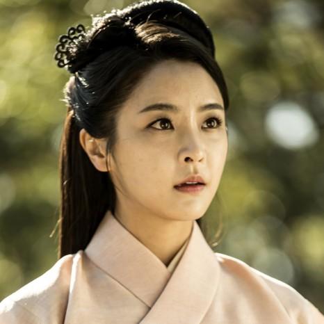 แกลเลอรีช่อง3 ตัวละคร 6 มังกรกำเนิดโชซอน Jung Yu Mi as Yeon Hee
