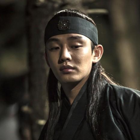 แกลเลอรีช่อง3 ตัวละคร 6 มังกรกำเนิดโชซอน Yoo Ah In as Lee Bang Won