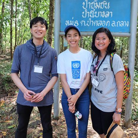 แกลเลอรีช่อง3 เฟร้นฟราย มิสไทยแลนด์เวิลด์ 2015 นำทัพเยาวชนเอเชีย ร่วมปกปักป่าผืนสุดท้าย