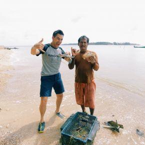 """กินลมชมกวาง เปิดโลกใต้ทะเล เกาะหมาก เกาะกระดาด เกาะผี กับ """"แดเนียล"""" ฝรั่งหลงเมืองไทย"""