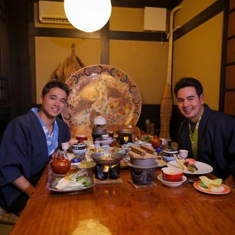"""แกลเลอรีช่อง3 จ๊อบ – อเล็กซ์ พาปิดทริป """"สุดฟิน In Japan"""" ตะลุยหาที่กิน ที่เที่ยว ส่งท้ายความฟินในแดนญี่ปุ่น ใน สมุดโคจร On The Way"""