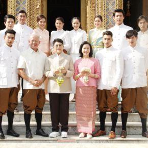 แกลเลอรีช่อง3 ช่อง 3 และทีมนักแสดง หนึ่งด้าวฟ้าเดียว ร่วมใจแต่งชุดไทยเข้าวัดทำบุญ ณ วัดราชบพิธสถิตมหาสีมาราม
