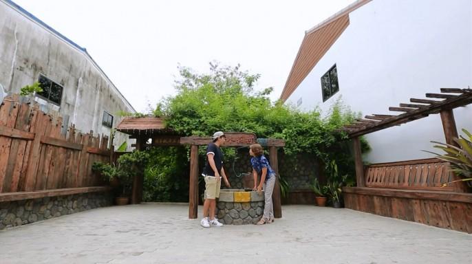 ดูรายการย้อนหลัง ลอง Stay | หัวเฉียวแห่งบูรพา บ้านชากแง้ว จ.ชลบุรี | 07-08-59 | TV3 Official