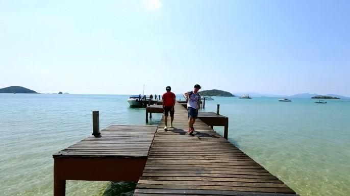 ดูรายการย้อนหลัง ลอง Stay | คนไม่เอาถ่าน เกาะหมาก จ.ตราด | 05-06-59 | TV3 Official