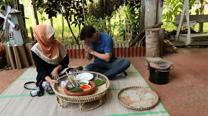 ดูรายการย้อนหลัง ลอง Stay | พึ่งพาอาศัย ชุมชนบ้านน้ำเชี่ยว จ.ตราด | 03-04-59 | TV3 Official
