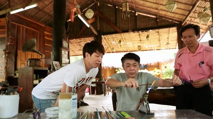 ดูรายการย้อนหลัง ลอง Stay | เมืองโบราณที่มีชีวิต อ.อู่ทอง จ.สุพรรณบุรี | 17-04-59 | TV3 Official