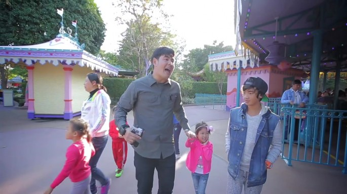 ดูละครย้อนหลัง สมุดโคจร On The Way | Hong Kong Disneyland ตอนที่ 1 | 04-03-60