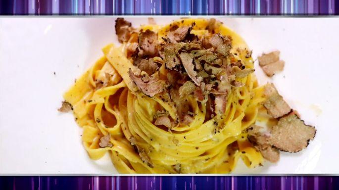 ดูรายการย้อนหลัง ครัวคุณต๋อย | Tagliatelle Carbonara ร้านUrbani Truffle Bar and Restaurant Bangkok