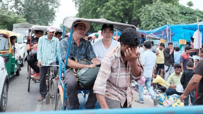"""ข่าวรายการ สมุดโคจร On the way """"จ๊อบ-ดรีม"""" นั่งสามล้อถีบ บุกกรุงเดลี ประเทศอินเดีย ในสมุดโคจร On The Way"""