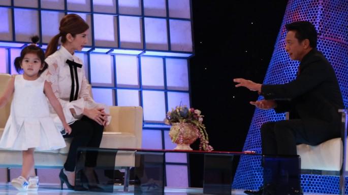 ข่าวรายการ Today Show โบว์ แวนดา สหวงษ์ ควงหวานใจใครต่อใครมาด้วยเธอคือมะลิ