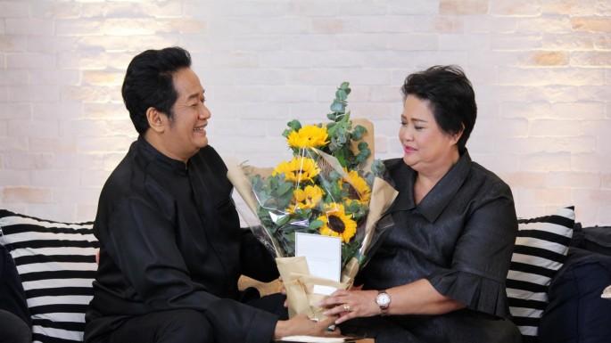 """ข่าวรายการ เก้ง กวาง บ่าง ชะนี """"โย่ง เชิญยิ้ม และภรรยา"""" มนต์รักเพื่อนสนิทคิดไม่ซื่อ!!!"""
