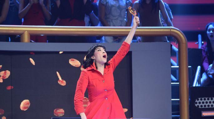 """ข่าวรายการ Singer Auction เสียงนี้มีราคา """"เฟี้ยวฟ้าว"""" ไม่เข็ดเรื่องผู้ชาย!!! ยอมจ่ายจนหมดตัว  ใน """"Singer Auction เสียงนี้มีราคา"""""""