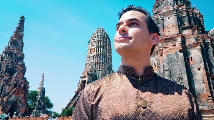 ข่าวรายการ หลงรักยิ้ม แดเนียล หลงยุคตามรอยละครดัง เผยเหตุรักเมืองไทยนานกว่า 15 ปี ในรายการหลงรักยิ้ม